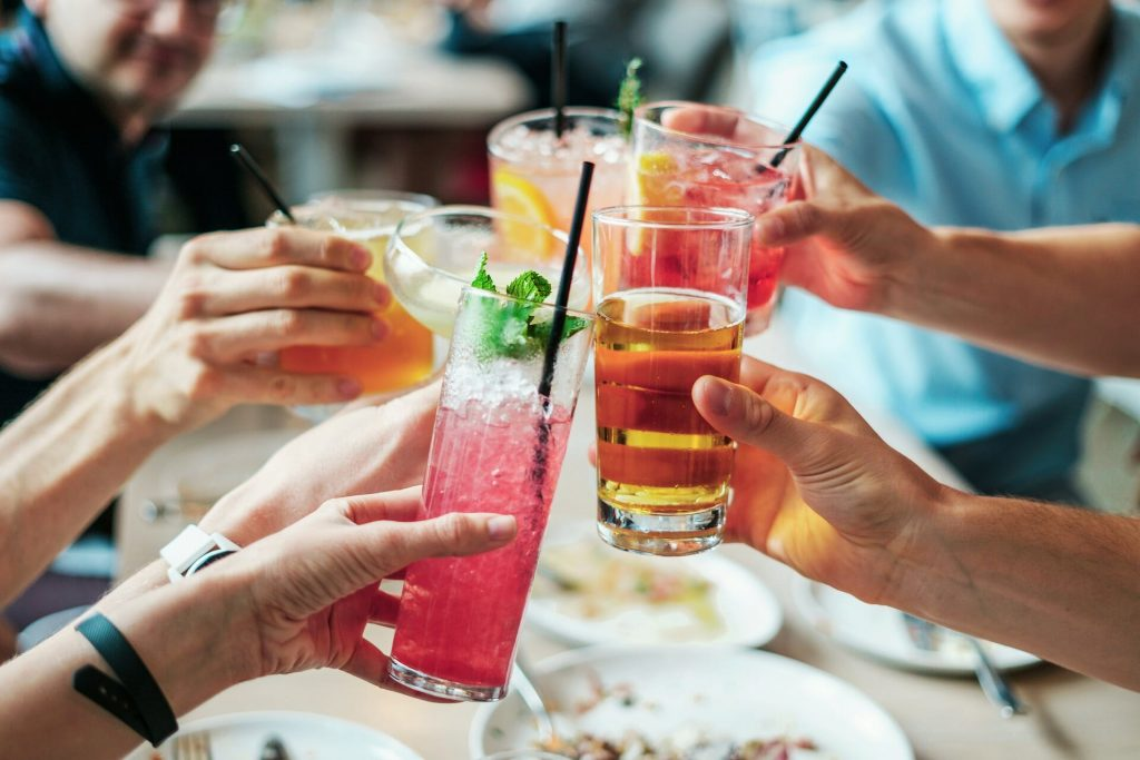 Cheersing cocktails
